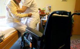 DAK stellt Ideen für Pflegereform vor